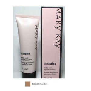 NEW Mary Kay Matte-Wear Liquid Foundation Beige 6